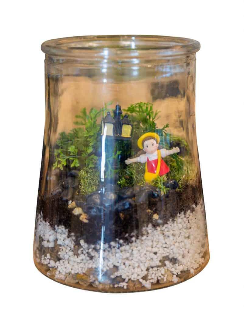 38 Fantastic Moss Terrarium Ideas You Can Have At Home Garden Tabs