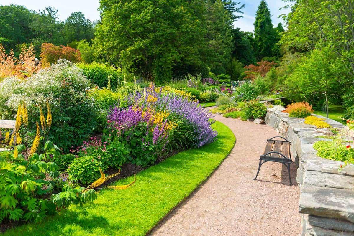Lavish botanical garden