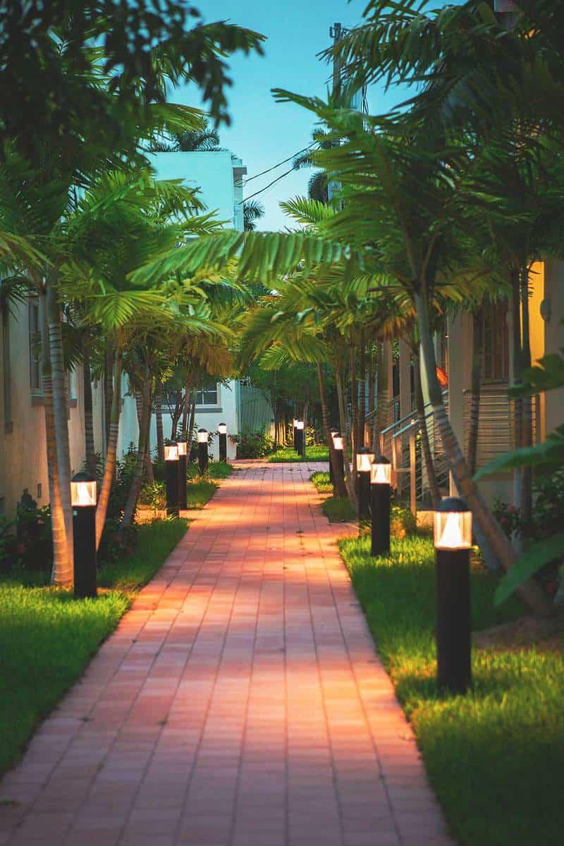 Residence footpath